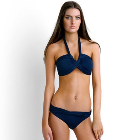 16363ad48d Seafolly goddess bandeau and twist hipster bottom.  M 5aea080d077b9725dd56f60d